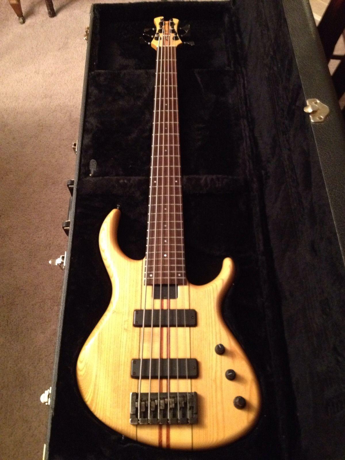 tobias 6 string bass guitar. Black Bedroom Furniture Sets. Home Design Ideas
