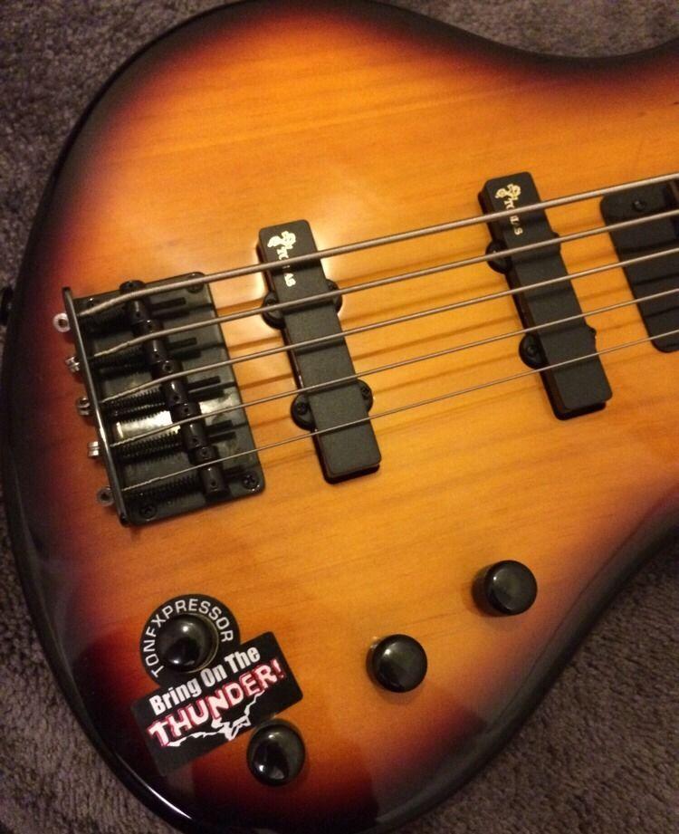 tobias toby deluxe v 5 string electric bass guitar vintage sunburst. Black Bedroom Furniture Sets. Home Design Ideas