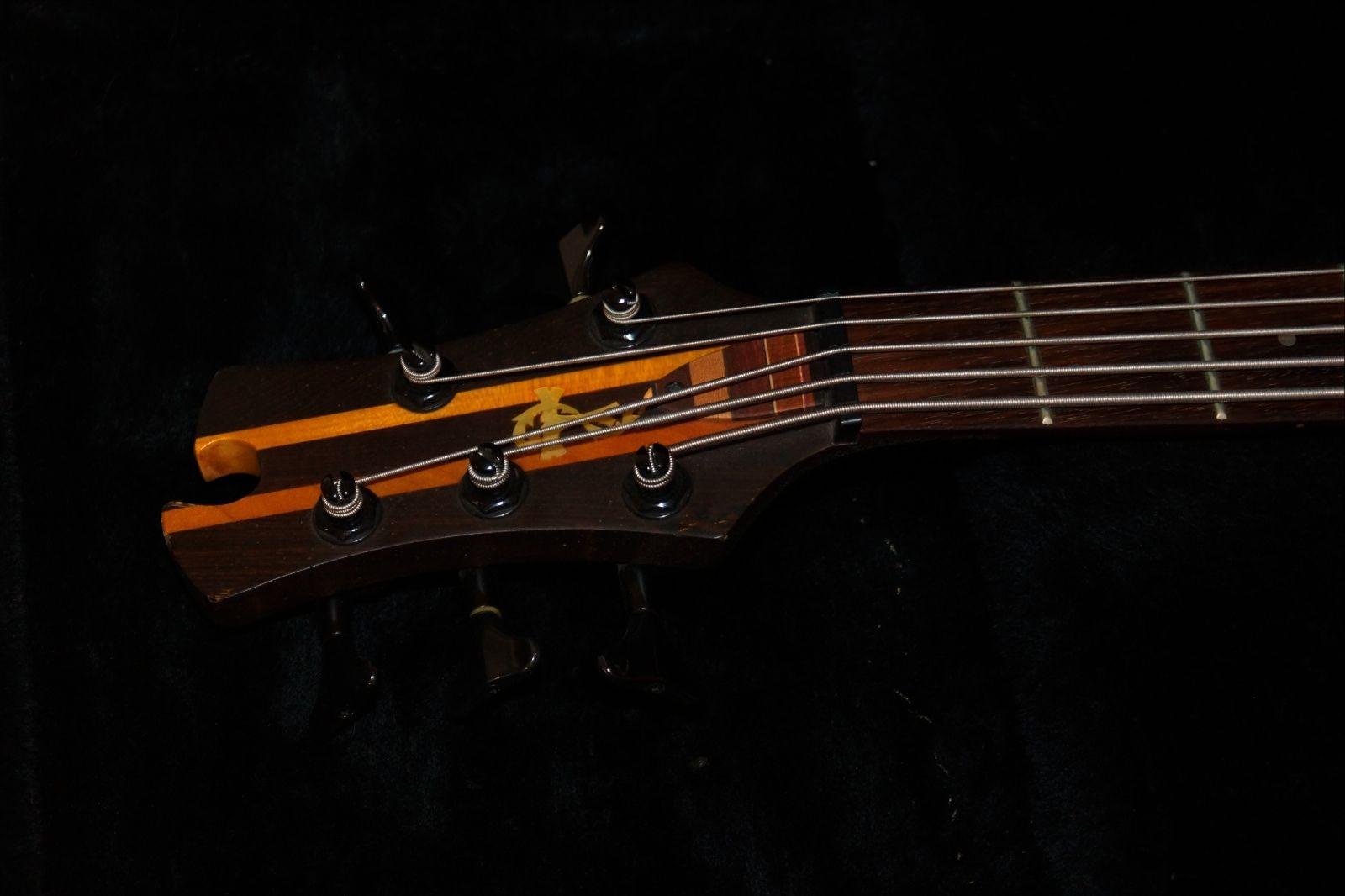 tobias toby pro 5 string electric bass guitar emg pickups. Black Bedroom Furniture Sets. Home Design Ideas